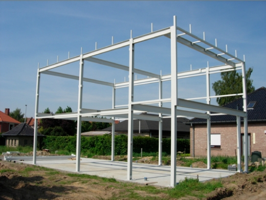 Hoe en wat gebruiken bij staalbouw in de woningbouw for Staalbouw woningen